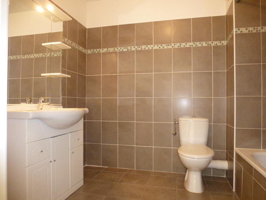 Appartement à louer 2 39.22m2 à Cagnes-sur-Mer vignette-6