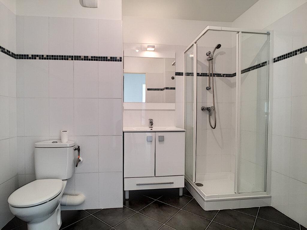 Appartement à louer 2 47.28m2 à Cagnes-sur-Mer vignette-5