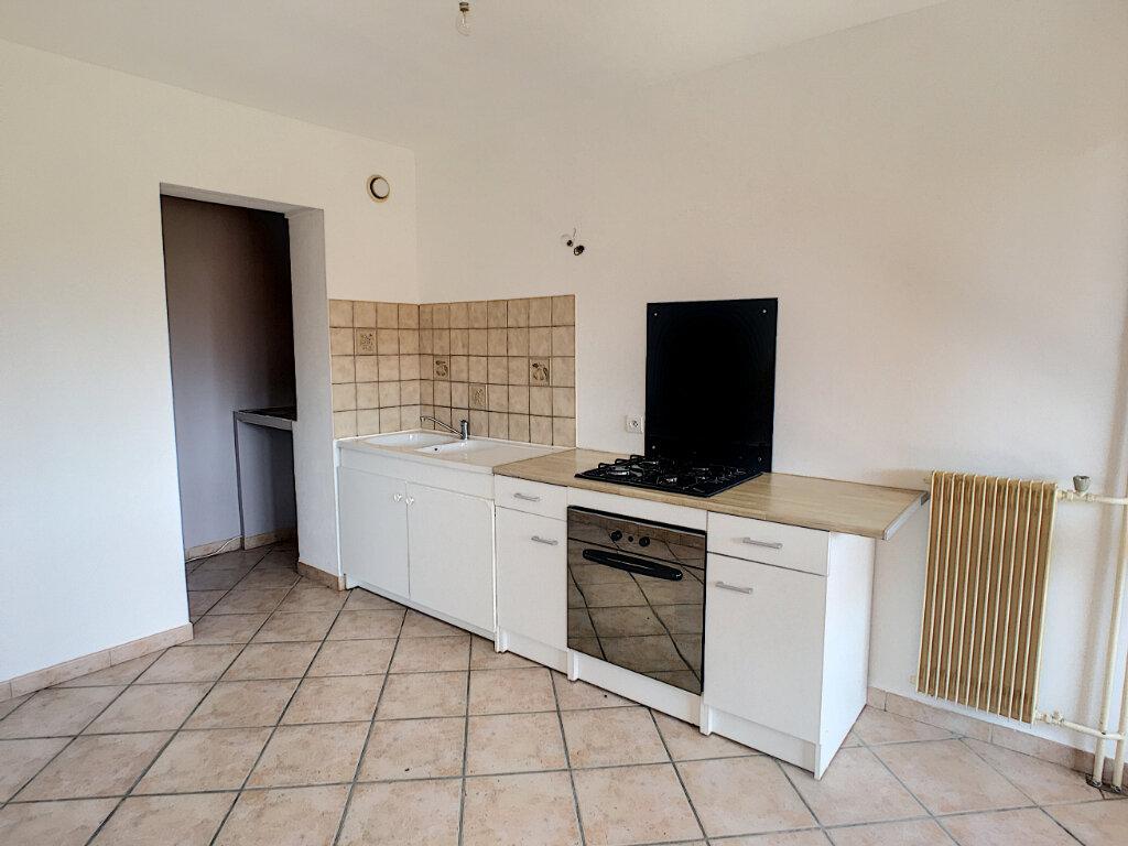 Appartement à louer 3 64.06m2 à Villeneuve-Loubet vignette-4