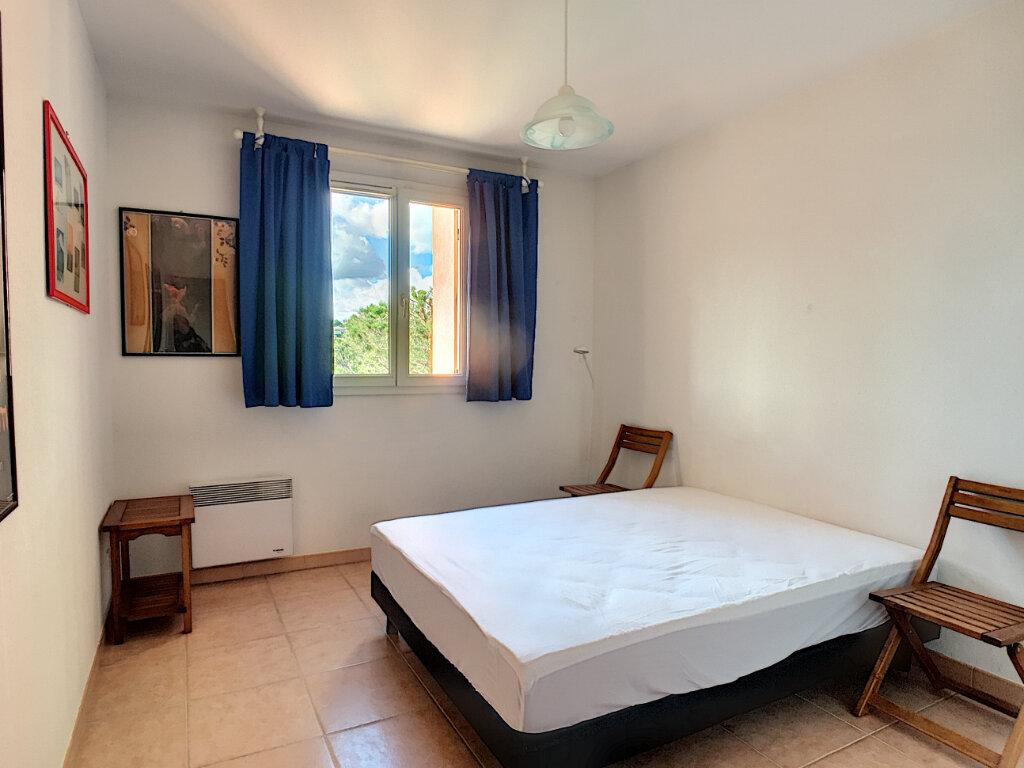 Appartement à louer 2 37.9m2 à Villeneuve-Loubet vignette-5