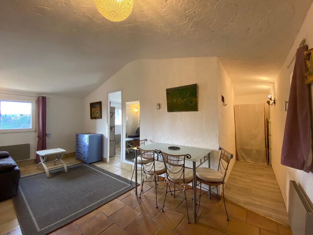 Appartement à louer 2 29.68m2 à Saint-Paul-de-Vence vignette-4