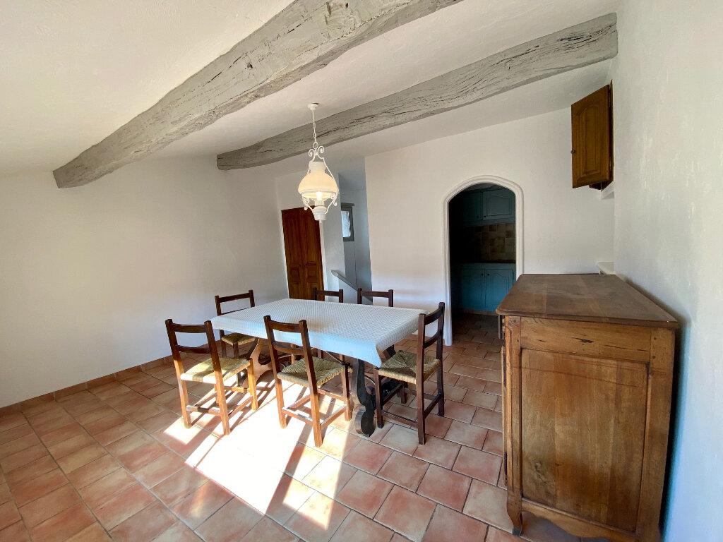 Appartement à louer 4 96.73m2 à Saint-Paul-de-Vence vignette-4
