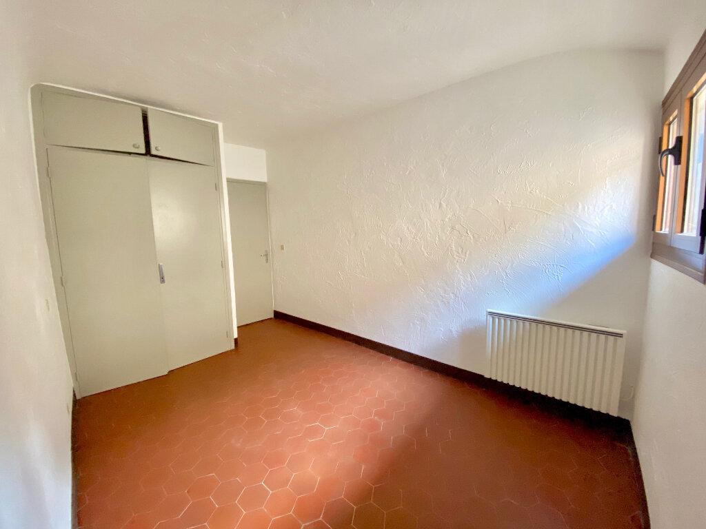 Appartement à louer 4 96.73m2 à Saint-Paul-de-Vence vignette-5