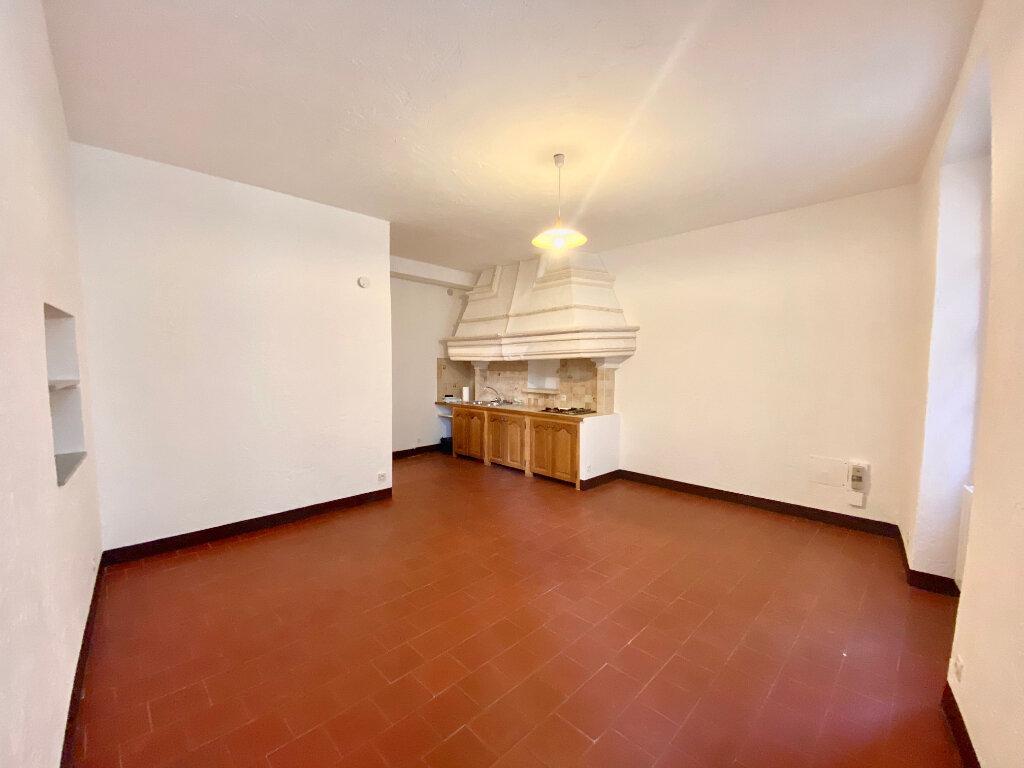 Appartement à louer 4 96.73m2 à Saint-Paul-de-Vence vignette-9