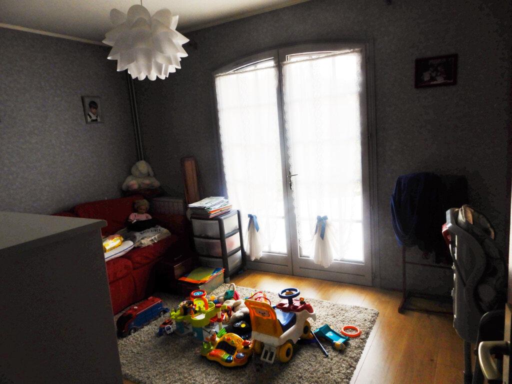 Maison à vendre 7 189m2 à La Ferté-Alais vignette-8