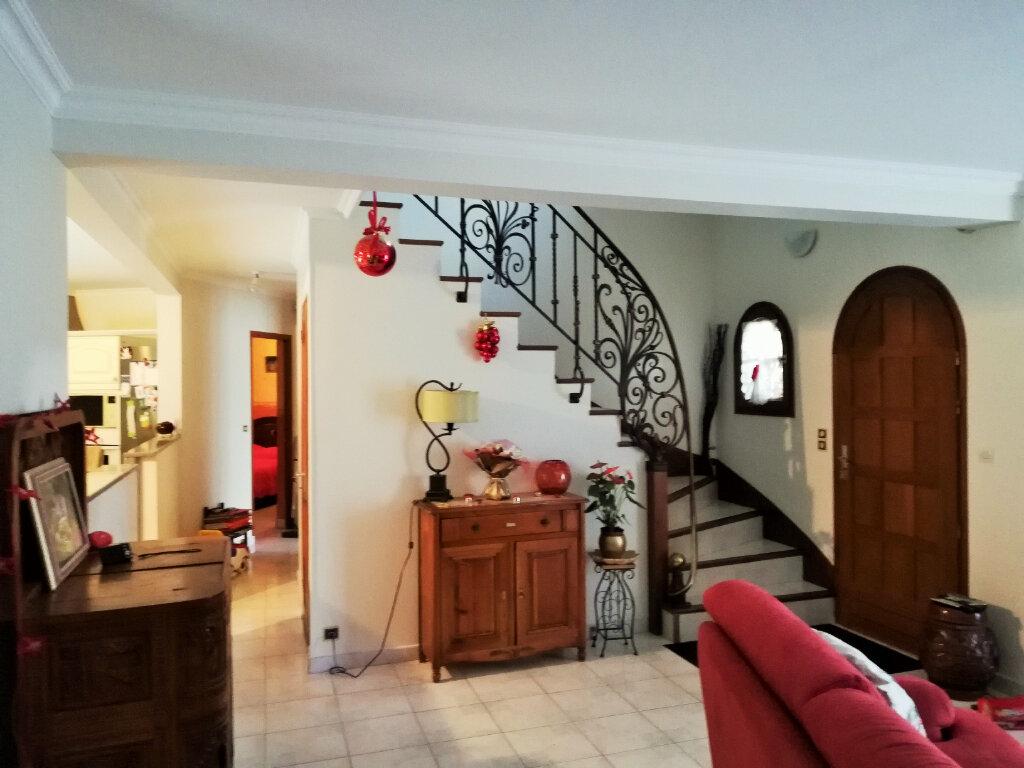 Maison à vendre 7 189m2 à La Ferté-Alais vignette-9