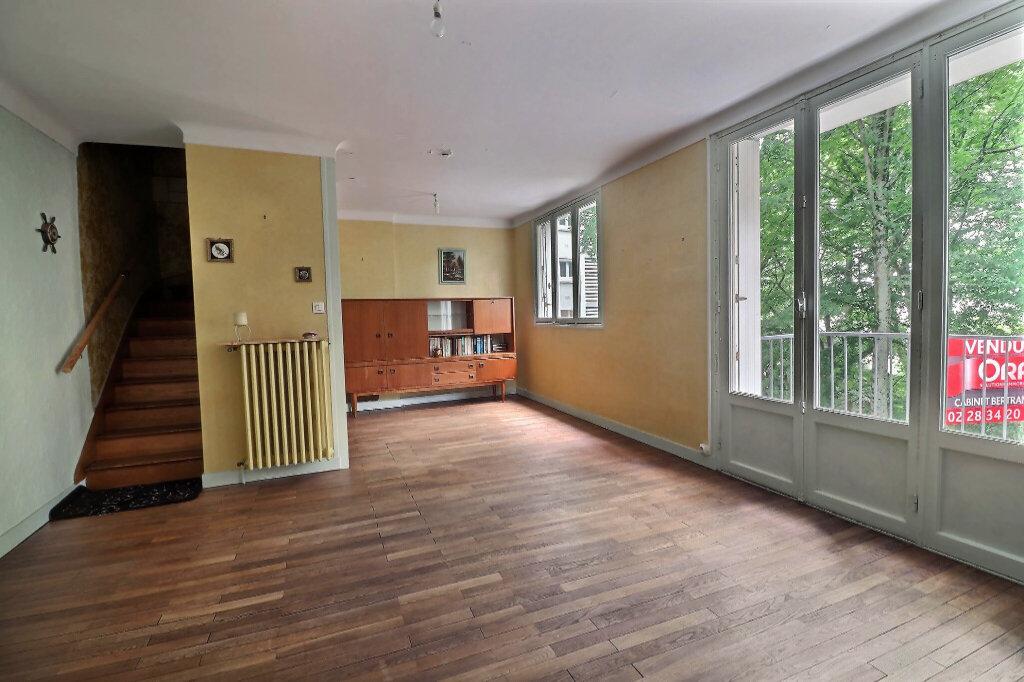 Appartement à vendre 4 75.72m2 à Nantes vignette-2