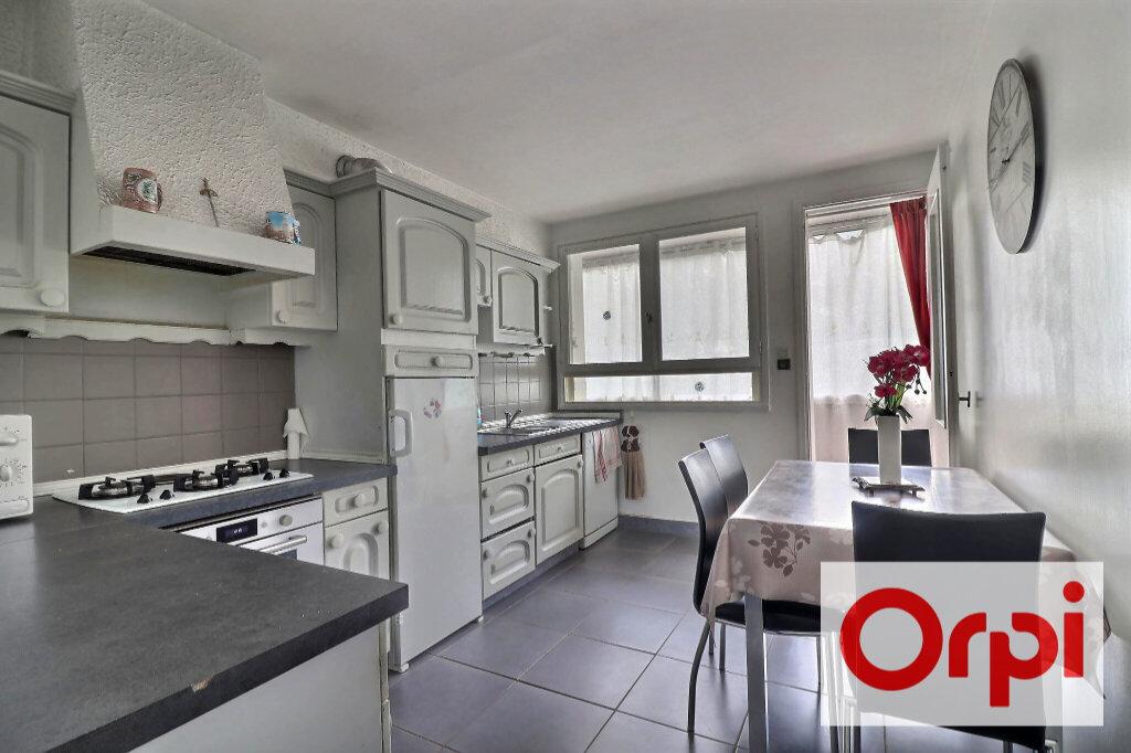 Appartement à vendre 4 79.73m2 à Nantes vignette-2