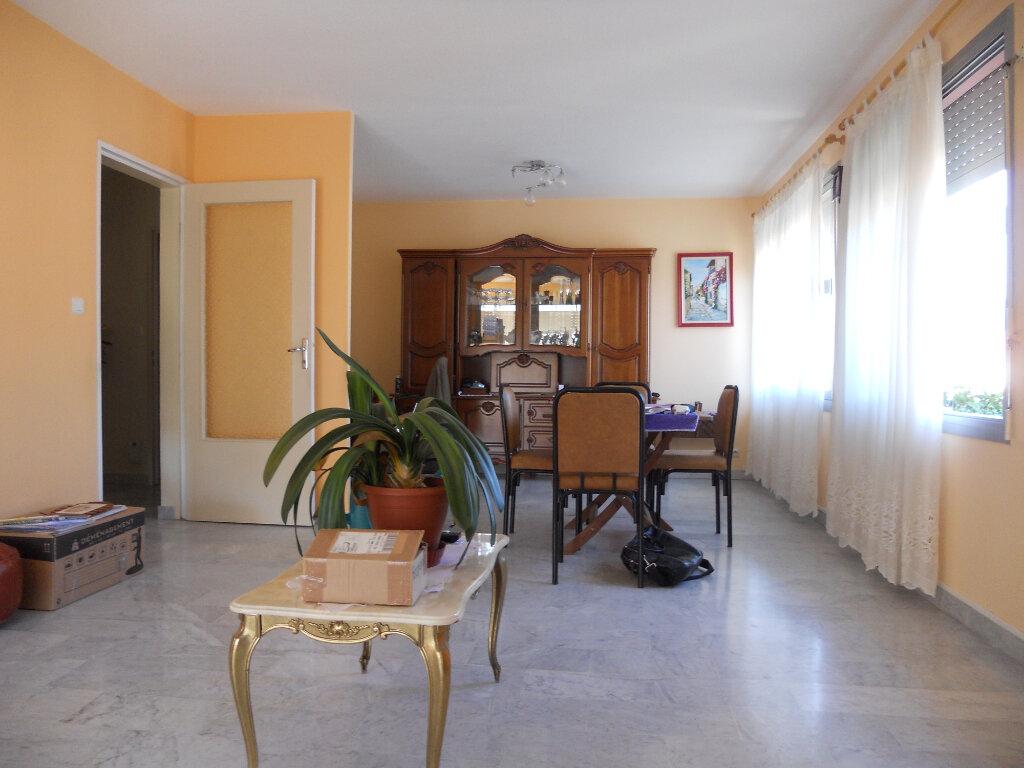 Appartement à vendre 4 78.8m2 à Draguignan vignette-5