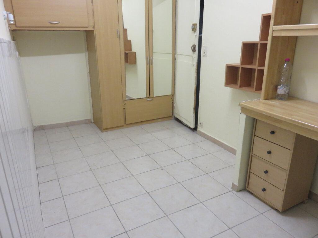 Appartement à louer 1 16.16m2 à Le Muy vignette-2
