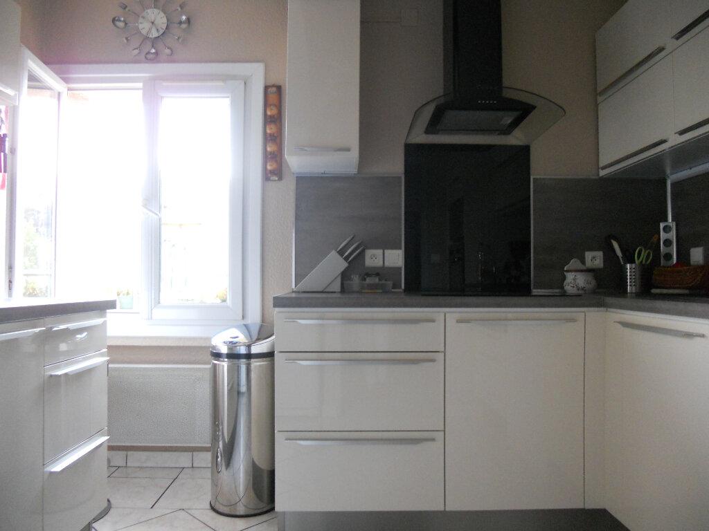 Appartement à vendre 4 81.83m2 à Trans-en-Provence vignette-3