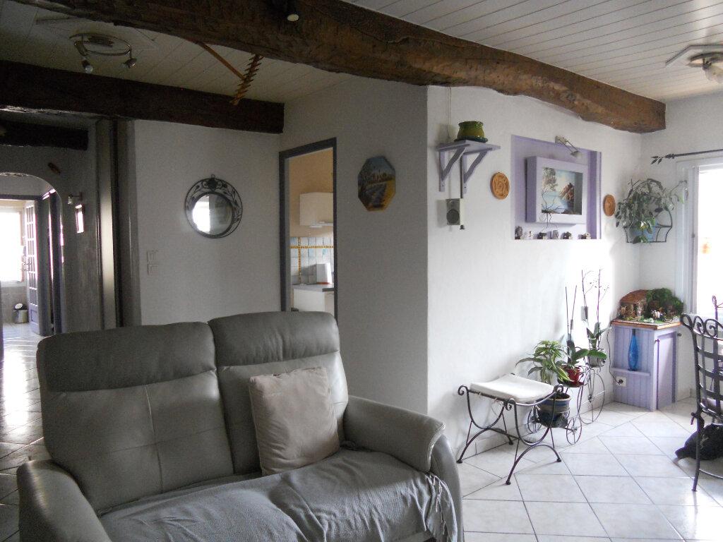 Appartement à vendre 4 81.83m2 à Trans-en-Provence vignette-4