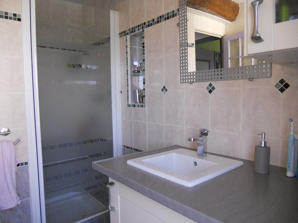 Appartement à vendre 4 81.83m2 à Trans-en-Provence vignette-6