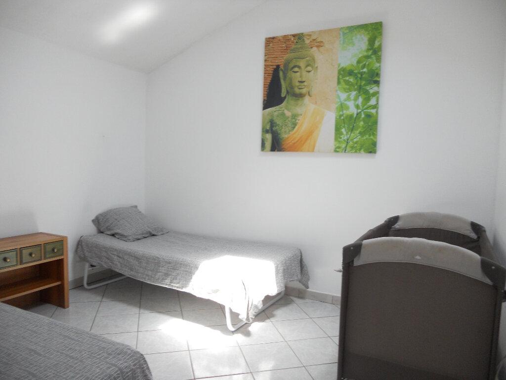 Appartement à vendre 3 69.41m2 à Roquebrune-sur-Argens vignette-4