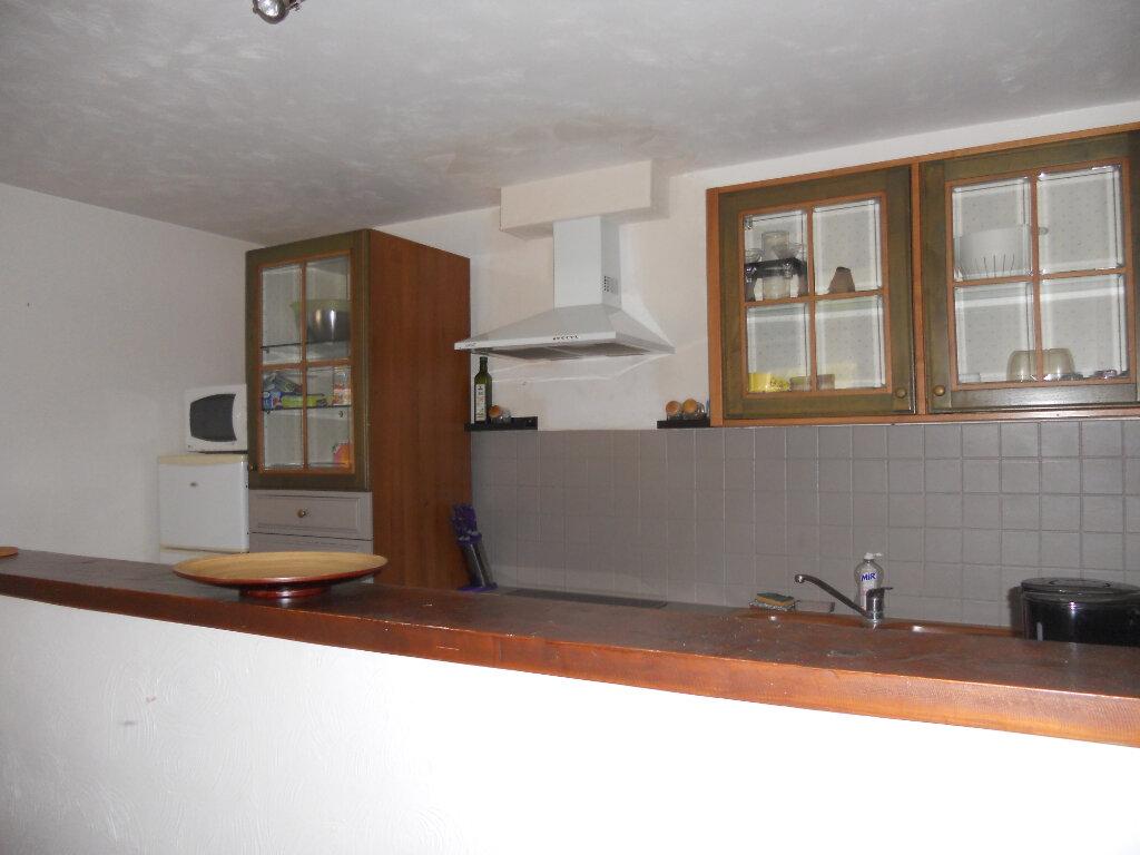 Appartement à vendre 3 69.41m2 à Roquebrune-sur-Argens vignette-5