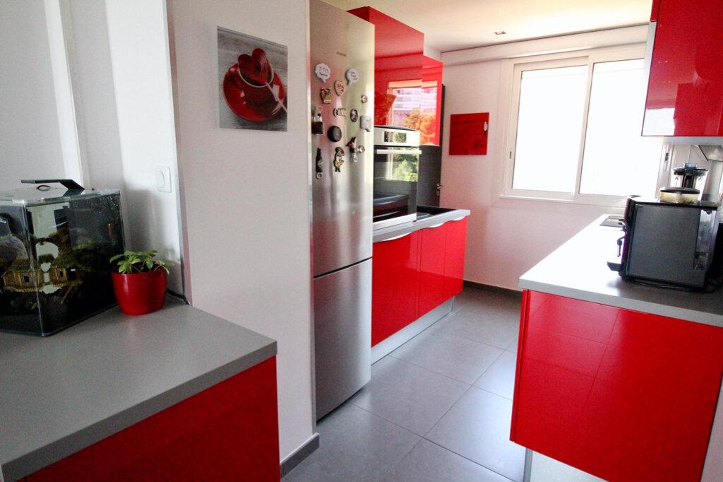 Appartement à vendre 3 59.5m2 à Marseille 9 vignette-4