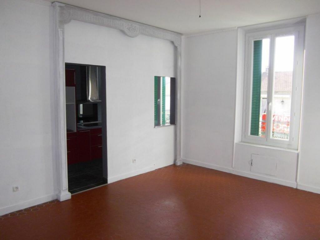 Appartement à louer 2 42m2 à Montfavet - Avignon vignette-1