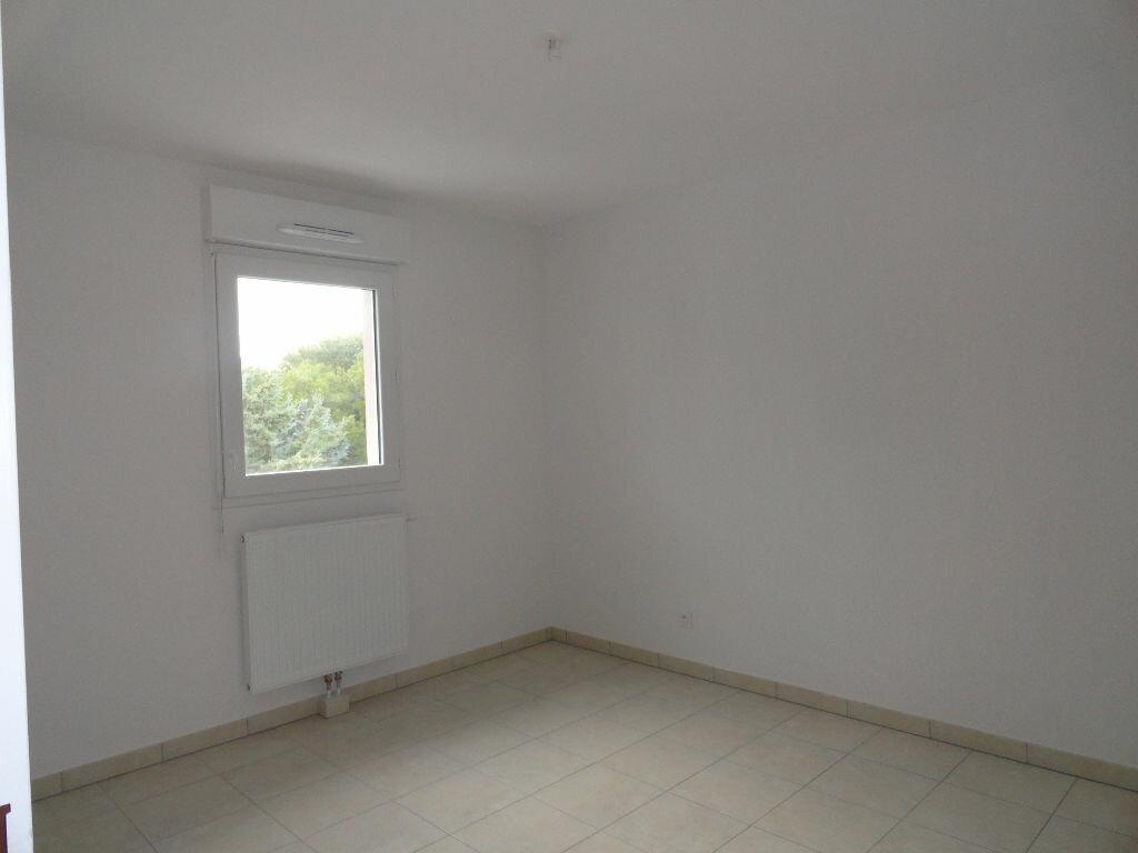 Appartement à louer 2 41.19m2 à Avignon vignette-4