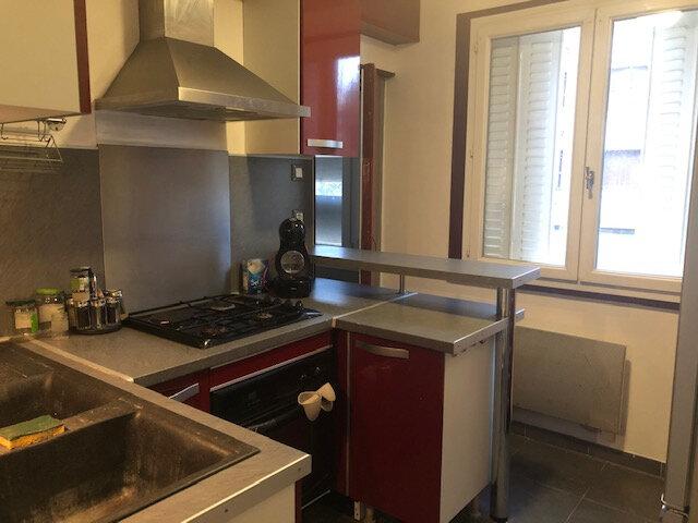 Appartement à louer 3 65m2 à Avignon vignette-3