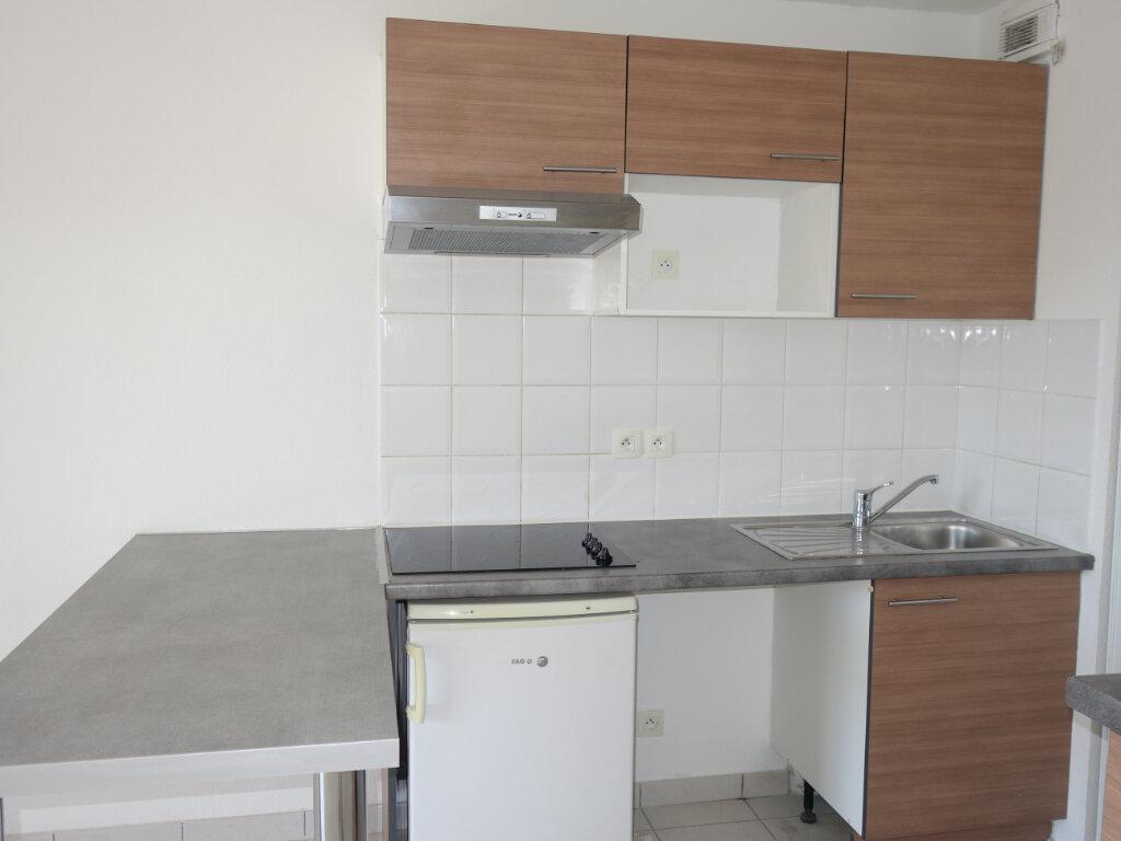 Appartement à louer 2 44m2 à Le Pontet vignette-2