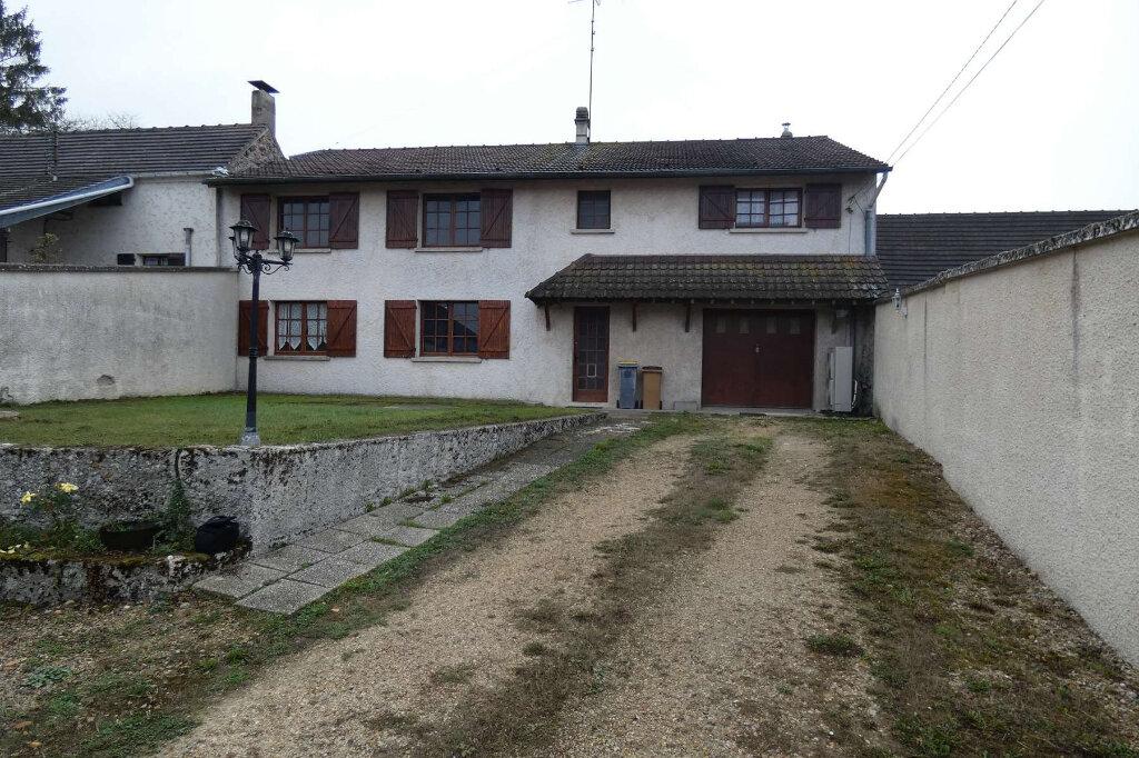 Maison à vendre 6 171m2 à Seringes-et-Nesles vignette-2