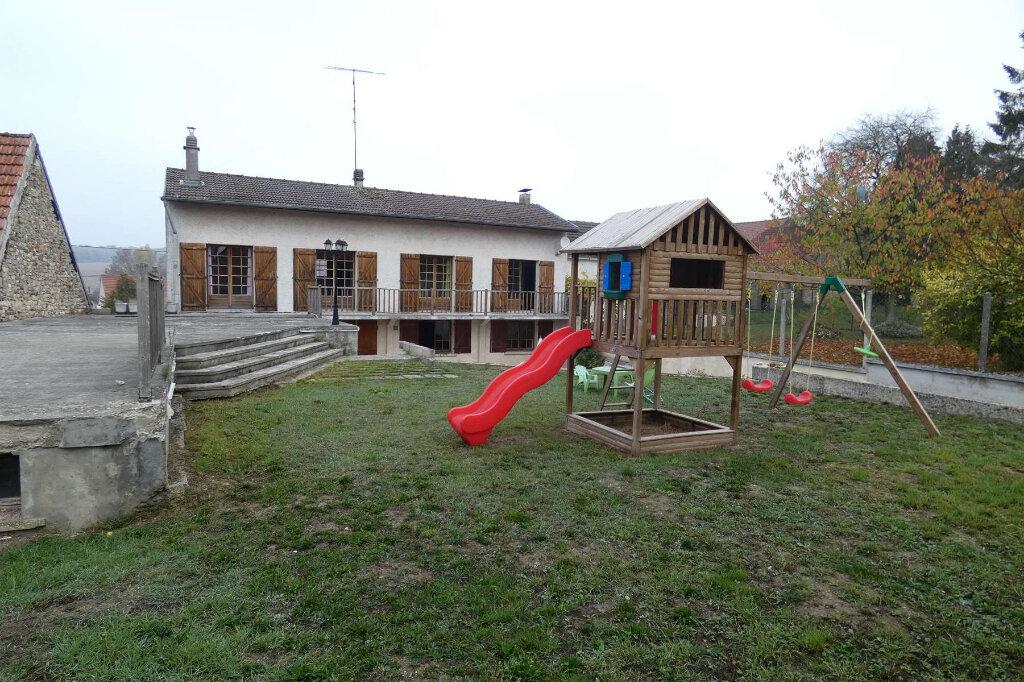 Maison à vendre 6 171m2 à Seringes-et-Nesles vignette-3