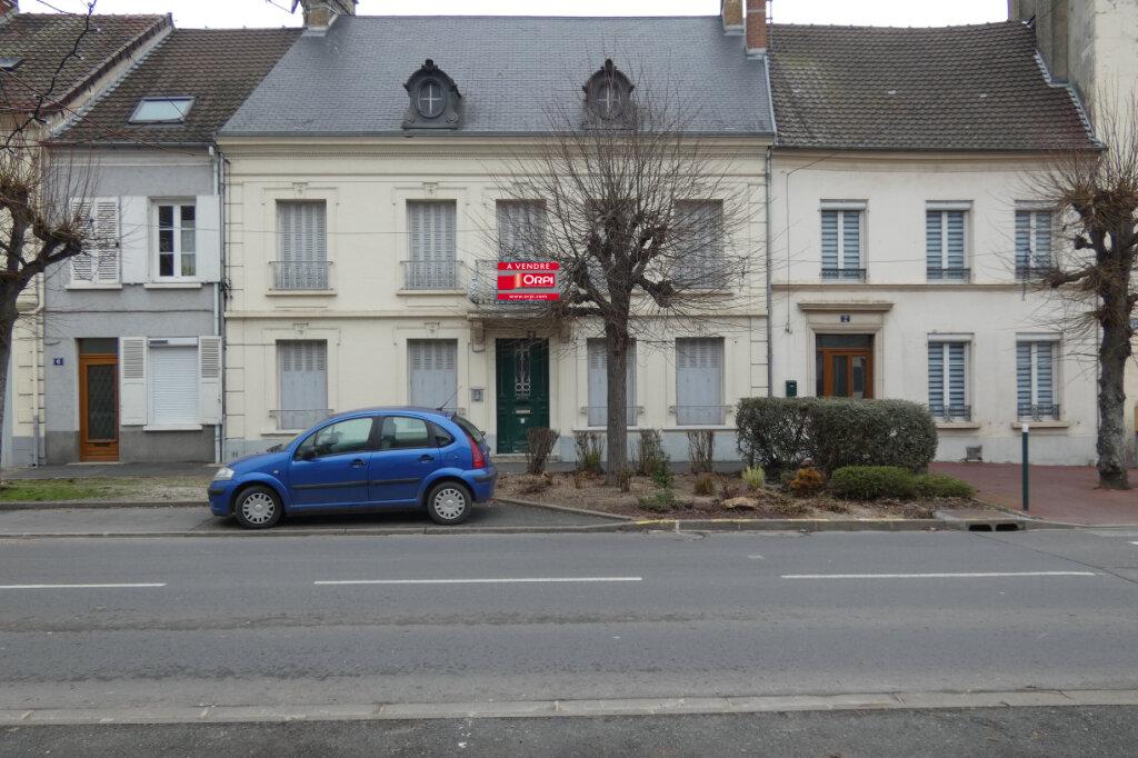 Maison à vendre 7 178.3m2 à Dormans vignette-1