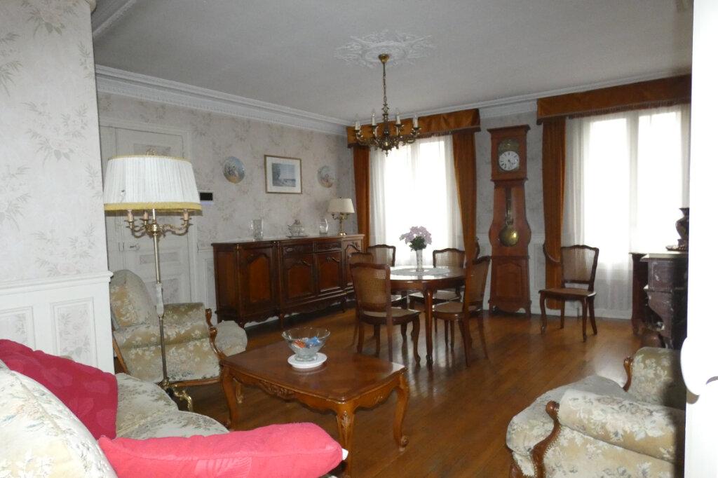 Maison à vendre 7 178.3m2 à Dormans vignette-2