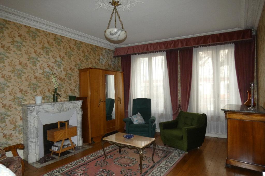 Maison à vendre 7 178.3m2 à Dormans vignette-3