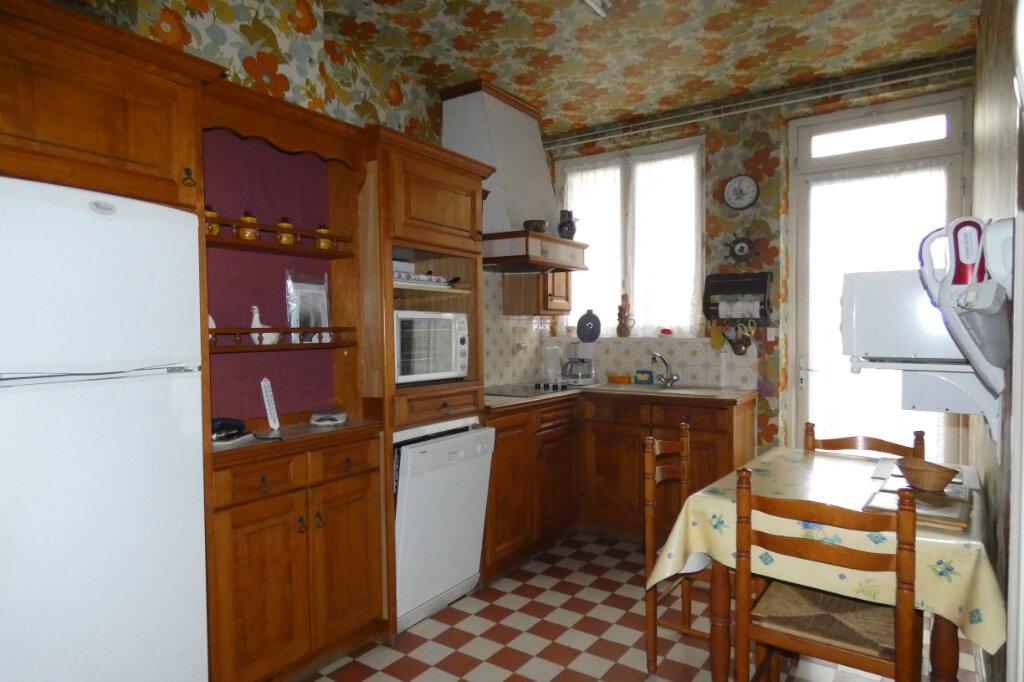 Maison à vendre 7 178.3m2 à Dormans vignette-4