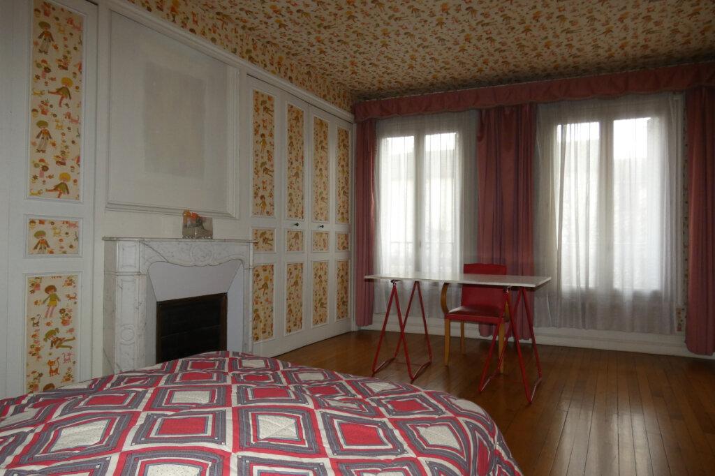 Maison à vendre 7 178.3m2 à Dormans vignette-6