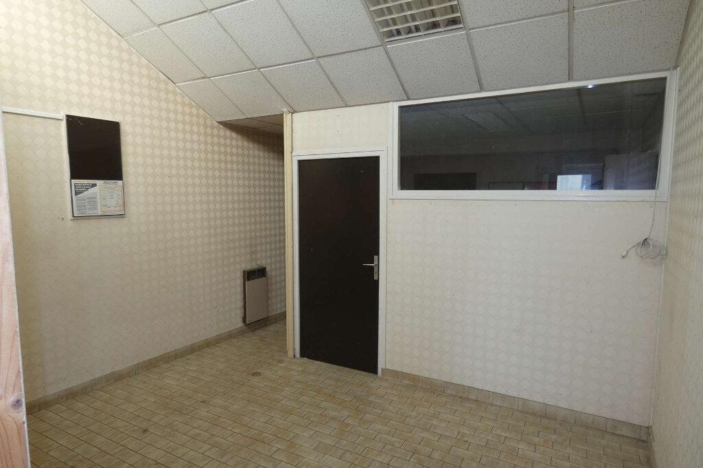 Maison à vendre 3 62.1m2 à Mareuil-le-Port vignette-3