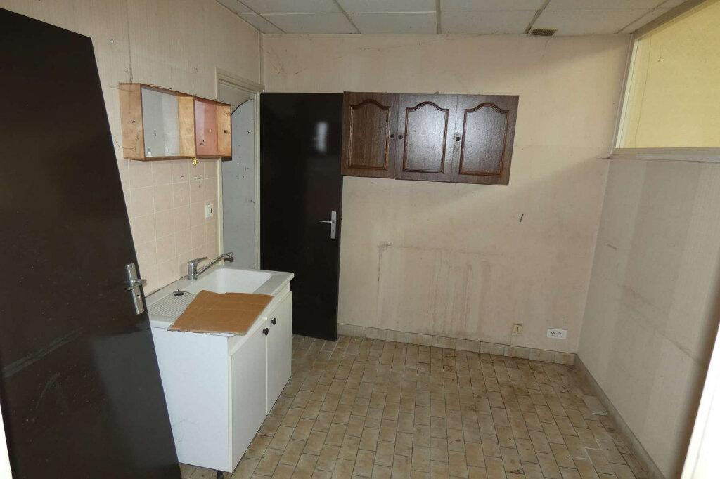 Maison à vendre 3 62.1m2 à Mareuil-le-Port vignette-4