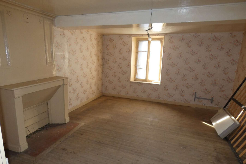 Maison à vendre 3 62.1m2 à Mareuil-le-Port vignette-5