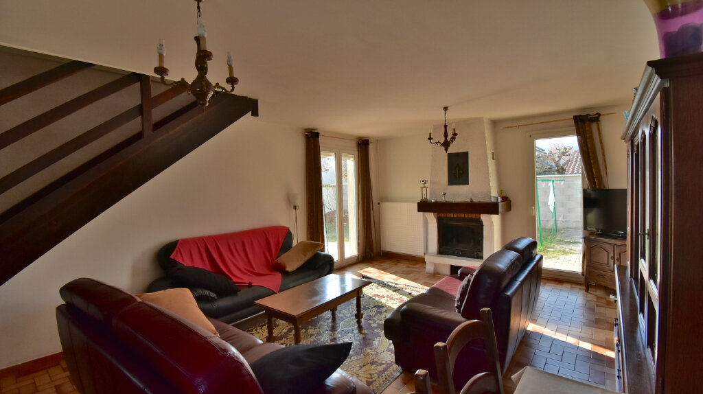 Maison à vendre 6 110m2 à Tournon-sur-Rhône vignette-6