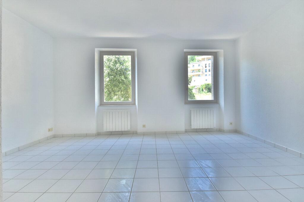 Appartement à louer 2 45.79m2 à Tournon-sur-Rhône vignette-3