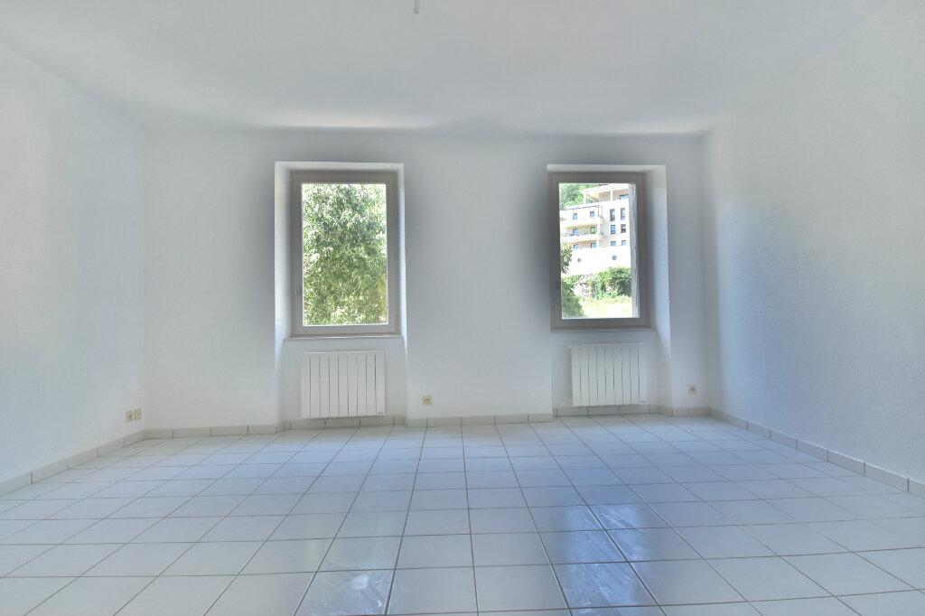 Appartement à louer 2 45.79m2 à Tournon-sur-Rhône vignette-4