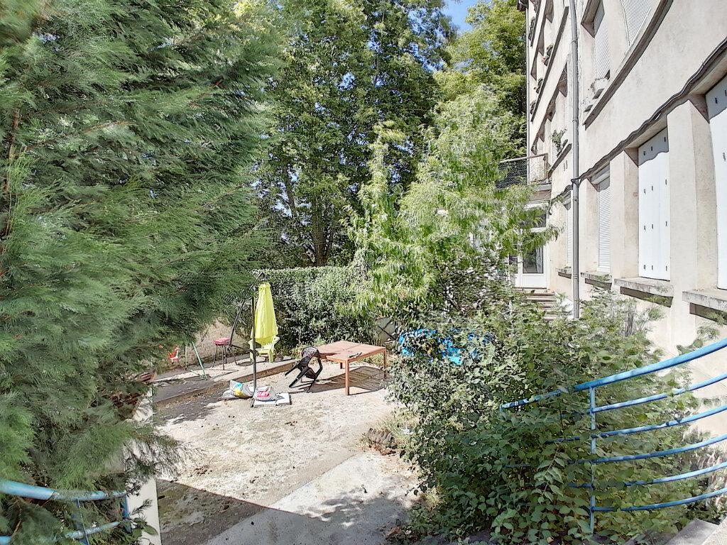 Appartement à vendre 4 105m2 à Saint-Vallier vignette-2