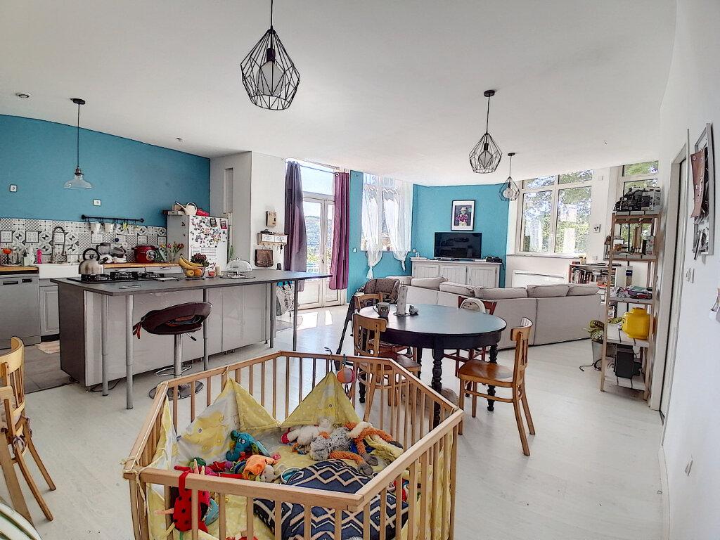 Appartement à vendre 4 105m2 à Saint-Vallier vignette-3