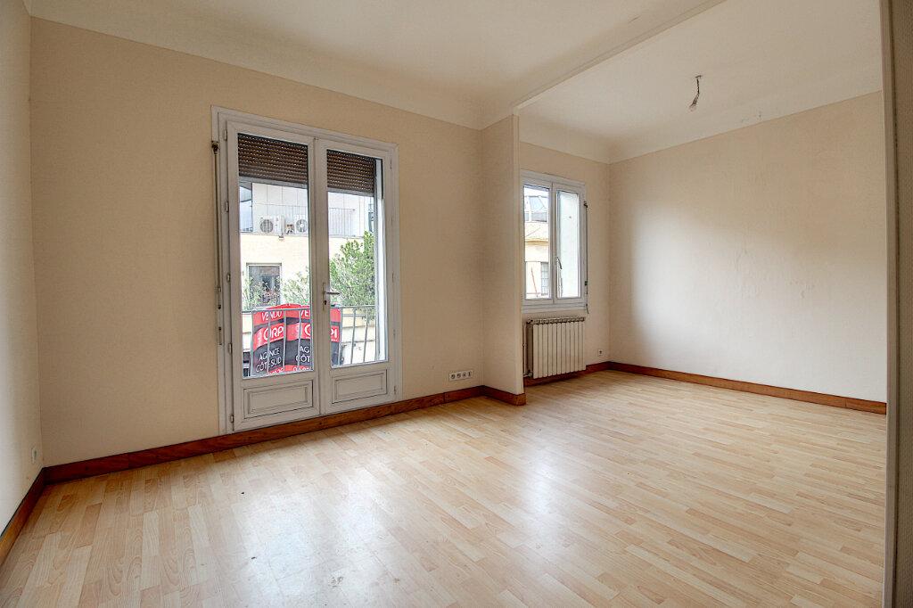 Appartement à vendre 4 75m2 à Marseille 9 vignette-1