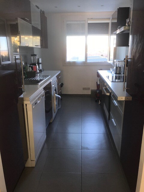 Appartement à vendre 3 55.6m2 à Marseille 9 vignette-3