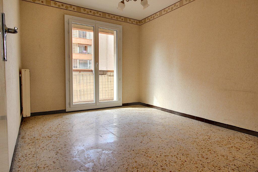 Appartement à vendre 3 60m2 à Marseille 9 vignette-3