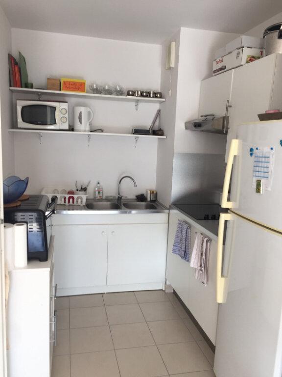 Appartement à louer 2 43.87m2 à Marseille 9 vignette-2