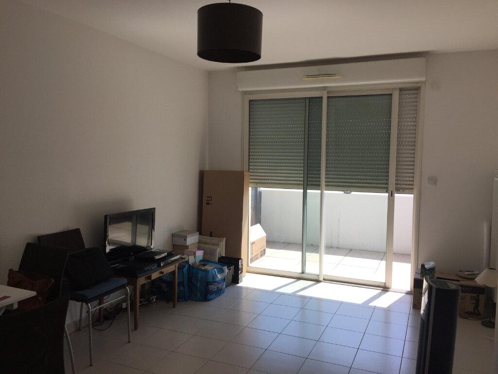 Appartement à louer 2 43.87m2 à Marseille 9 vignette-3