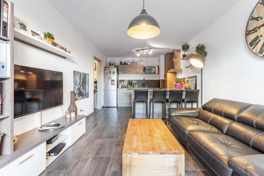 Appartement à vendre 3 65m2 à Marseille 9 vignette-3