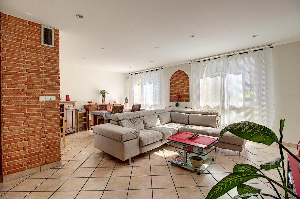 Appartement à vendre 4 68m2 à Marseille 9 vignette-1