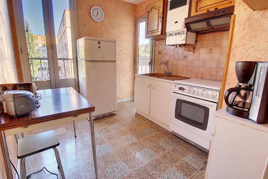 Appartement à vendre 3 56m2 à Marseille 9 vignette-2