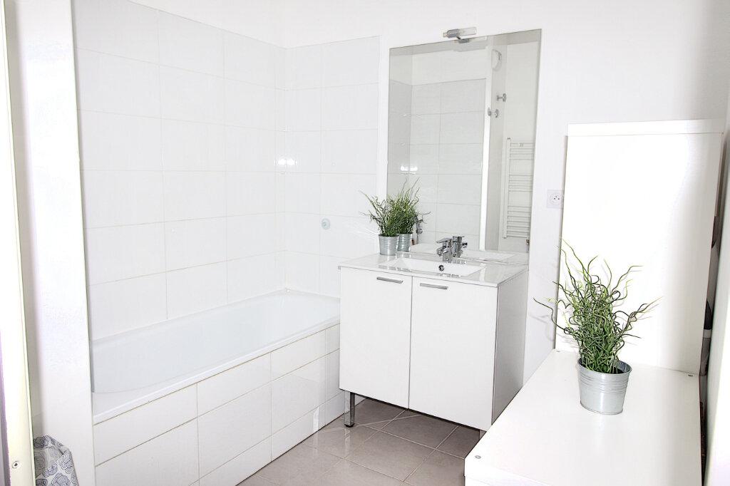 Appartement à vendre 3 55m2 à Marseille 9 vignette-5