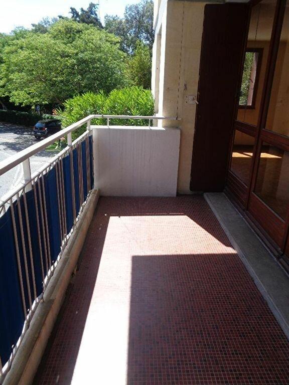 Appartement à vendre 4 81m2 à Marseille 9 vignette-2