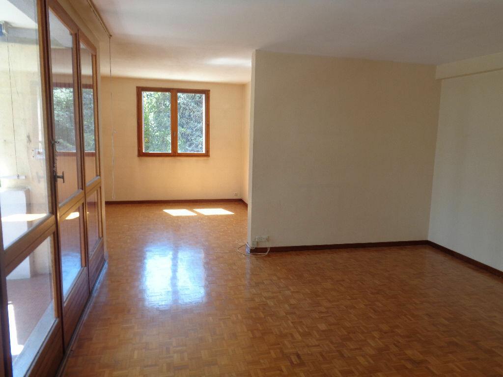 Appartement à vendre 4 81m2 à Marseille 9 vignette-3